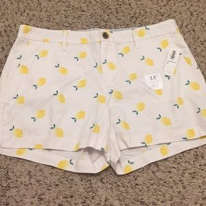 White lemon shorts women's size 10